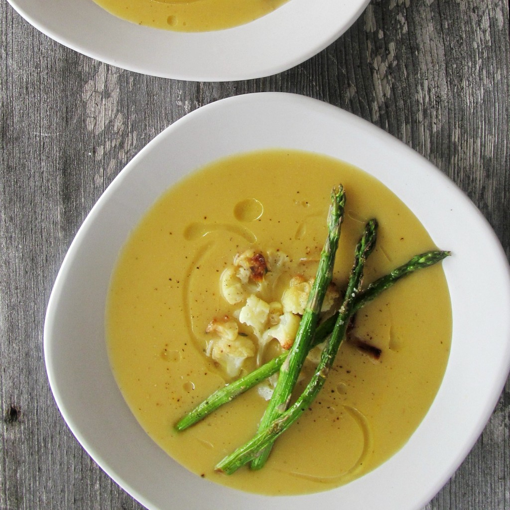 Roasted Cauliflower and Asparagus Soup| Home is Where The Cookies Are