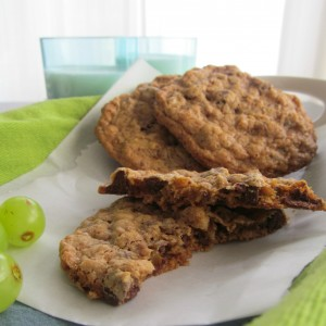 Oat and Walnut Chocolate Chip Cookies, Great Harvest Bread Company style