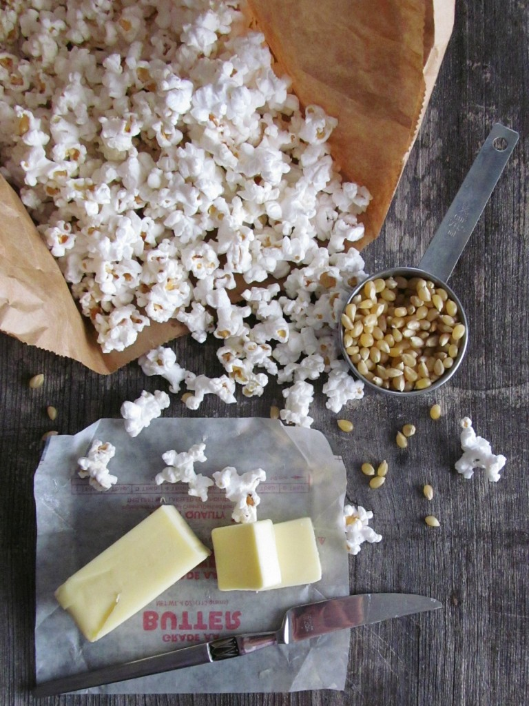 Homemade Microwave Popcorn: 1 minute, 37 seconds to clean popcorn| Home is Where The Cookies Are