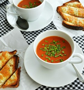 Easy Homemade Tomato Herb Soup